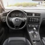 De vernieuwde Volkswagen Golf | Autocentrum Douwe de Beer