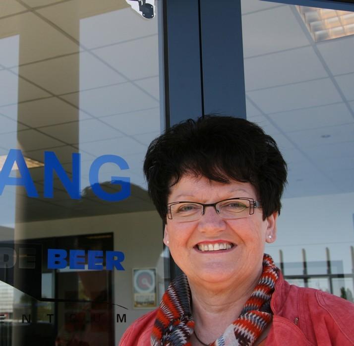 Wilma De Beer | Autobedrijf Dronten | Autocentrum Douwe de Beer